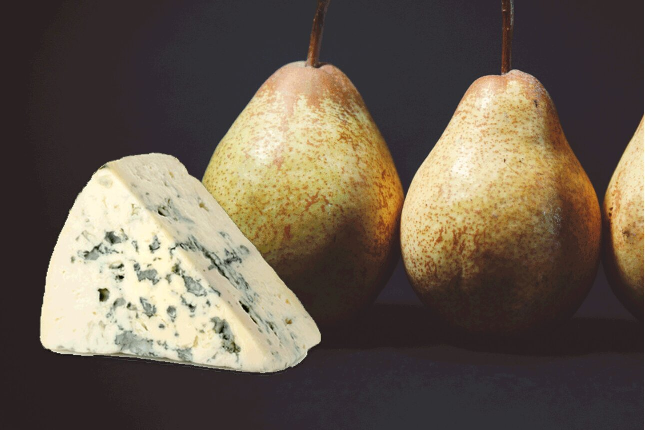 Chicoree-Birnen-Salat mit Gorgonzolawürfeln Rezept ECHT BIO